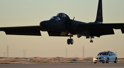 Dragon Lady in Distress: Watch Some INSANE U-2S Landings!