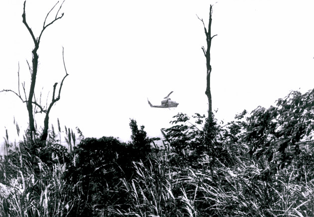 A Marine Corps Cobra from HML-367, radio call sign Scarface, makes a low gun run during Operation Tailwind in September 1970 deep in Laos during the top secret SOG mission. (Photo courtesy of Joe Driscoll)
