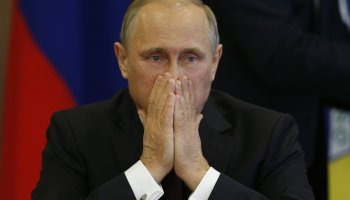 How Will Putin React to the Metrojet Bombing?