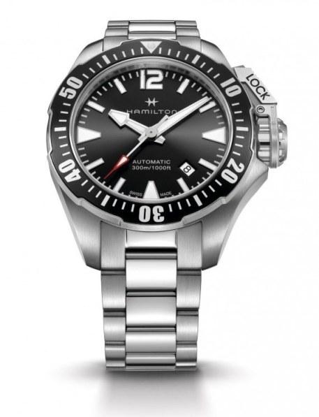 Hamilton-Khaki-Navy-Frogman_black_bracelet_1000-570x744