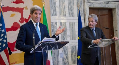 'You created ISIS!'-Protester Confronts Kerry During Press Conference in Italy