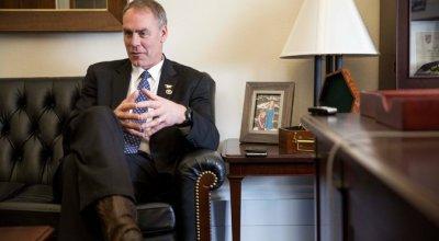 Two U.S. representatives and veterans formally introduce female draft legislation