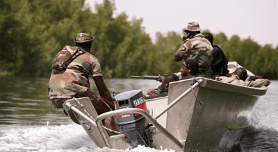Senegalese spec ops units perform amphibious training exercise