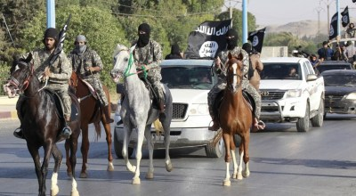 ISIS stage mutiny and kill local commander in Syria