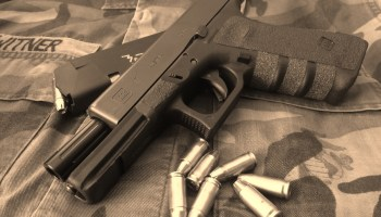 Days of Guns: Glock 17 Pistol