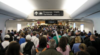 Homeland Security to Airlines: Get Rid of Baggage Fees to Shorten Lines