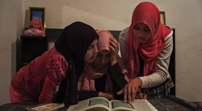 Two of her daughters joined ISIS. Now she's trying to save her two younger girls