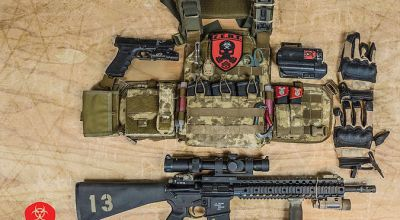HOW DO I SET UP MY PLATE CARRIER?