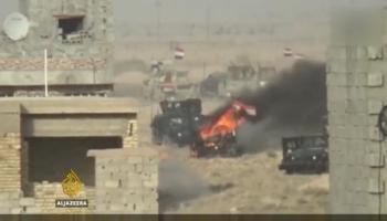 ISIL attack on army barracks near Fallujah kills dozens