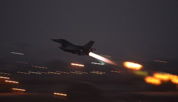 US jets resume strike missions against ISIS from key Turkey air base after power cut