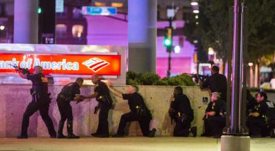 4 police officers killed and at least 7 other officers wounded at Black Lives Matter protest in Dallas