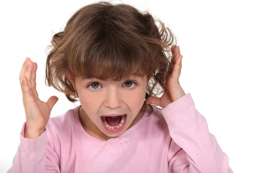little-girl-screamissng