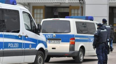 Turkish man arrested for trying to kill pedestrians with his car in Austria