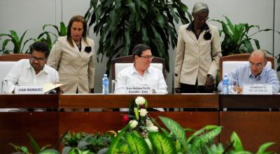 Colombia's government and FARC rebels sign modified peace agreement
