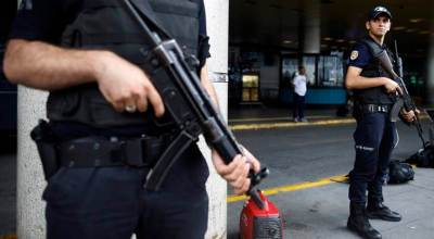 Shots fired at Istanbul's Ataturk Airport, two men detained