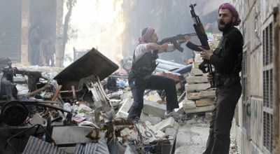 Syrian forces push Aleppo rebels to brink as city nears 'total collapse'
