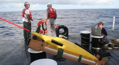 Pentagon: Chinese naval ship seized an unmanned U.S. ocean glider in South China Sea