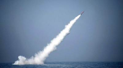 Pakistan tests nuke-capable missile in response to India's nuke testing