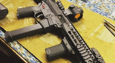 SHOT show 2017 product spotlight: Quarter Circle 10 Side charging upper and MP5 lower