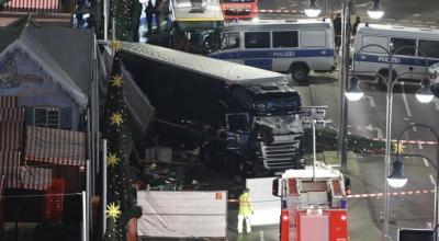 German Interior Minister Calls for Security Overhaul After Berlin Christmas Market Attack