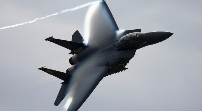 Air Force Scrambles Two F-15's – Fly Supersonic to Intercept Aircraft Near Mar-a-Lago