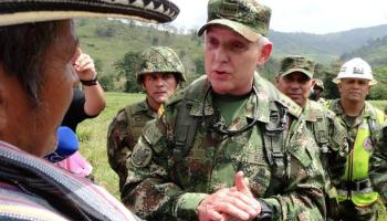 About 300 rebels from Colombia's FARC have not demobilized, general says