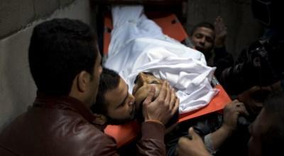 Palestinian gunman wounds 6 Israelis in attack near market