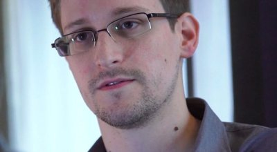 Report: Russia could send Edward Snowden back to the US as a 'gift' to Trump