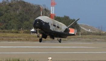 air-force-x-37b-landing-in-california