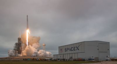 SpaceX successfully launches Falcon 9 from NASA's Apollo mission launch pad