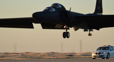 Watch: U-2 Dragon Lady ugly landings!