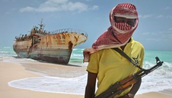 Somali pirates disembark hijacked tanker empty handed, are permitted to flee