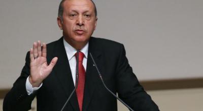Turkey's Erdogan declares victory in referendum over presidential powers
