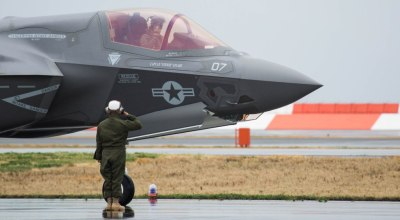 Watch: Marine Fighter Attack Squadron (VMFA) 121 sets new milestone – Their 1st F-35B Hot Reload!