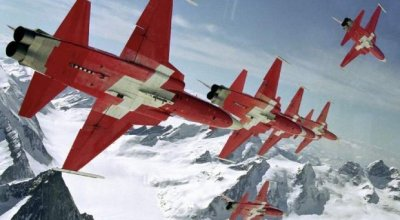 A most amazing video! If you have not seen 360 videos before you are in for a treat! Fly with Patrouille Suisse!