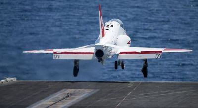 Breaking! Navy instructor pilots on strike! 100 refusing to fly!