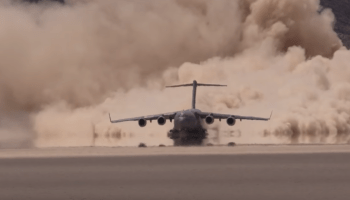 Watch: Air Force C-17 Takes Off From Delamar Dry Lake Bed (Texas Lake)