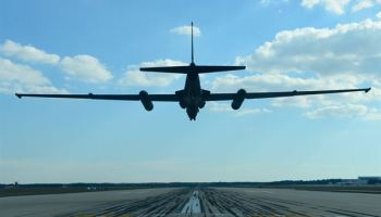 "Air Force to Keep U-2 Spy Plane ""well into the future"""