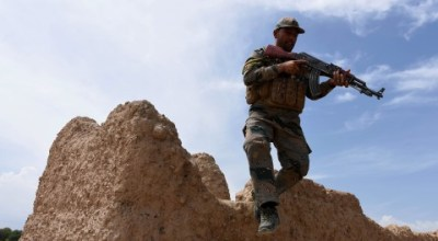 Afghan war faces flurry of setbacks as new U.S. military policy nears