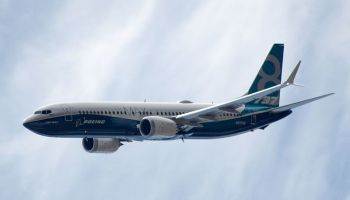 Boeing_737-8_MAX