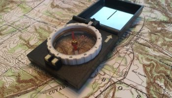 K&R M1 Sport Compass | Rugged and simple