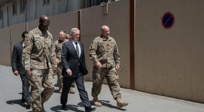 Watch: SECDEF James Mattis delivers an impromptu speech to deployed troops in Jordan