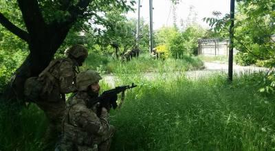 Exclusive Video: On the ground in Ukraine, the forgotten war (Part 1)