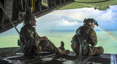 Picture of the Day: Guardsmen Look Over the Waters of the Florida Keys