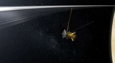 Pics from Cassini's dramatic plunge into Saturn's atmosphere