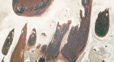 Picture of the Day: Lake Hazlett and Lake Willis in Western Australia's Great Sandy Desert From Space