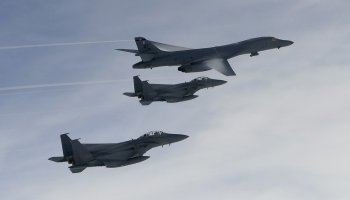 United States sends more nuclear capable B-1 Bombers over the Korean Peninsula