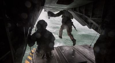 Picture of the Day: Student Jumps from CH-53E Super Stallion helicopter