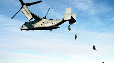 Picture of the Day: Marine Corps Parachutists Free Fall from MV-22 Osprey at 10,000 feet