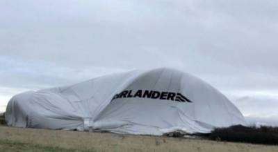 Watch: British Hybrid Air Vehicle Airlander suffers serious accident